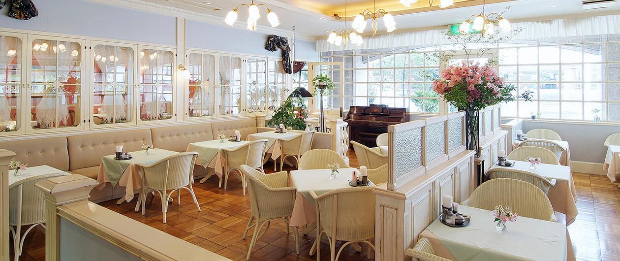 カフェレストラン セゾン